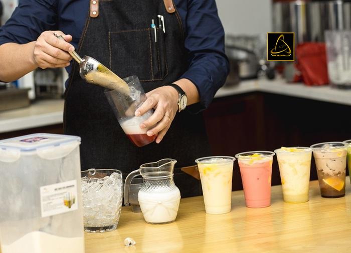 Kinh nghiệm kinh doanh trà sữa vỉa hè
